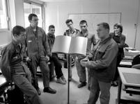6 Retour en salle de cours, discussion, élaboration... - © B. Runtz