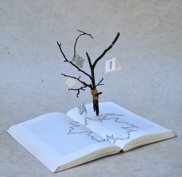 1 Chaque livre est un arbre - Médiathèque de Vert-le-Grand - © B. Runtz