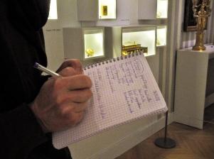 """5 Dans l'exposition """"L'empire en boite"""" - atelier du 15 décembre - © B. Runtz"""
