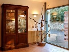 19 L'arbre aux livres suspendus Médiathèque de Vert-le-Grand